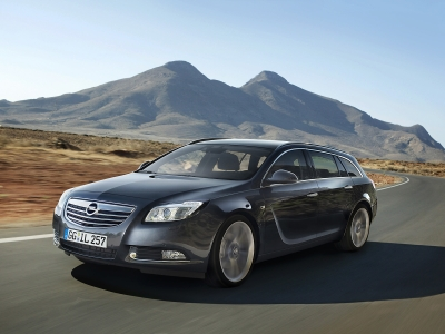 Opel Insignia Sports Tourer / универсал